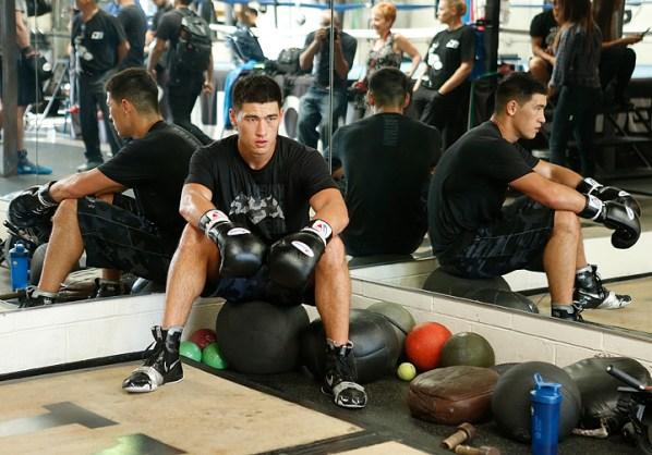 https://i2.wp.com/photo.boxingscene.com/uploads/dmitry-bivol%20(8)_4.jpg?w=598&ssl=1