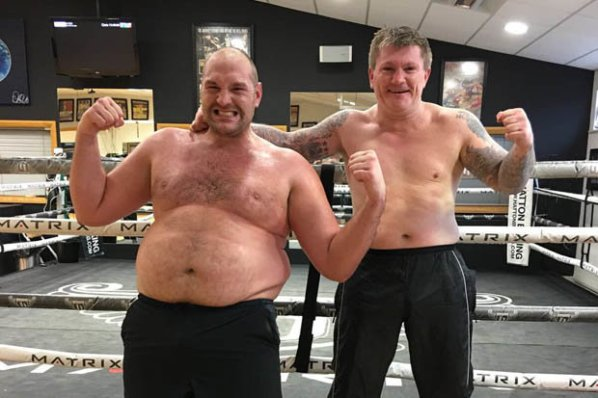 https://i2.wp.com/photo.boxingscene.com/uploads/fury-hatton.jpg?w=598&ssl=1