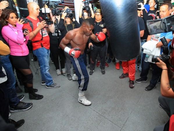 https://i2.wp.com/photo.boxingscene.com/uploads/guillermo-rigondeaux%20(7)_3.jpg?w=598