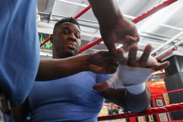 https://i2.wp.com/photo.boxingscene.com/uploads/jarrell-miller%20(1)_7.jpg?w=598&ssl=1