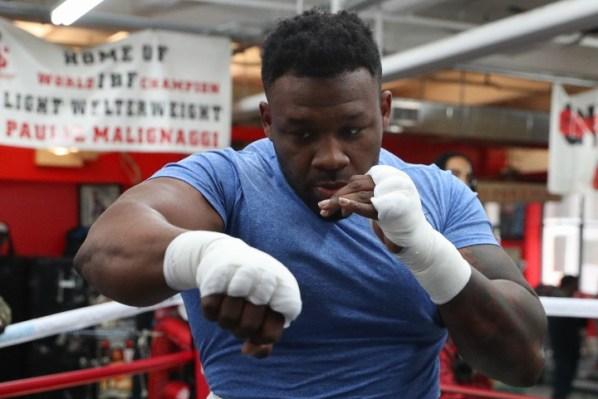 https://i2.wp.com/photo.boxingscene.com/uploads/jarrell-miller%20(2)_8.jpg?w=598&ssl=1