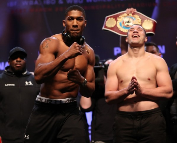 https://i2.wp.com/photo.boxingscene.com/uploads/joshua-parker-weights%20(21).jpg?w=598&ssl=1