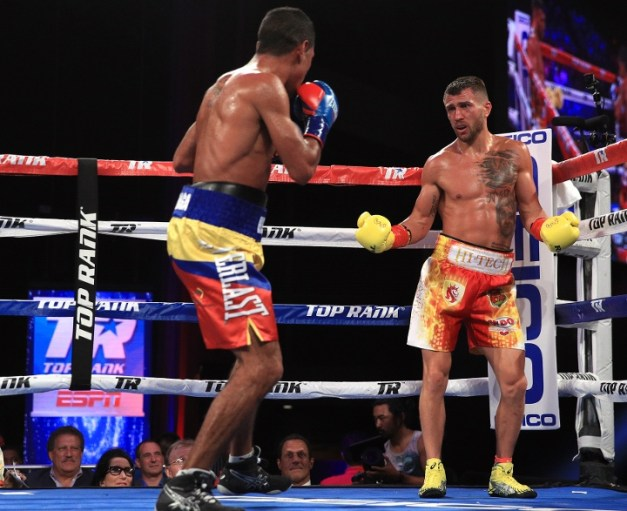 lomachenko-marriaga-fight (9)