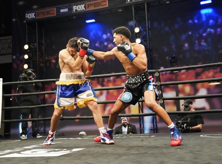 morrell-gavronski-fight (7)