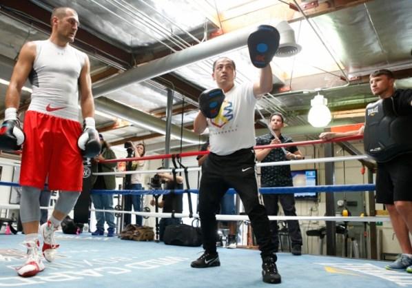 https://i2.wp.com/photo.boxingscene.com/uploads/sergey-kovalev%20(9)_1.jpg?w=598