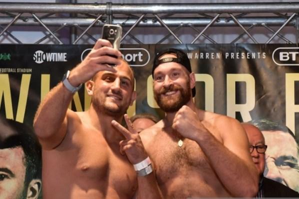 https://i2.wp.com/photo.boxingscene.com/uploads/tyson-fury%20(1)_5.jpg?w=598&ssl=1