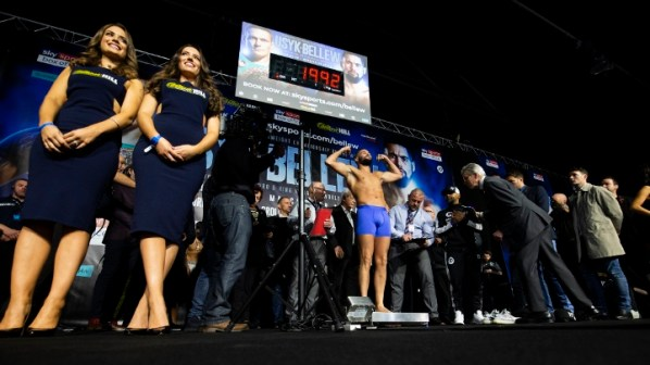 https://i2.wp.com/photo.boxingscene.com/uploads/usyk-bellew-weights%20(4).jpg?w=598&ssl=1