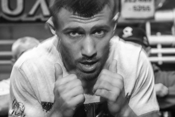 https://i2.wp.com/photo.boxingscene.com/uploads/vasyl-lomachenko%20(6)_4.jpg?w=598