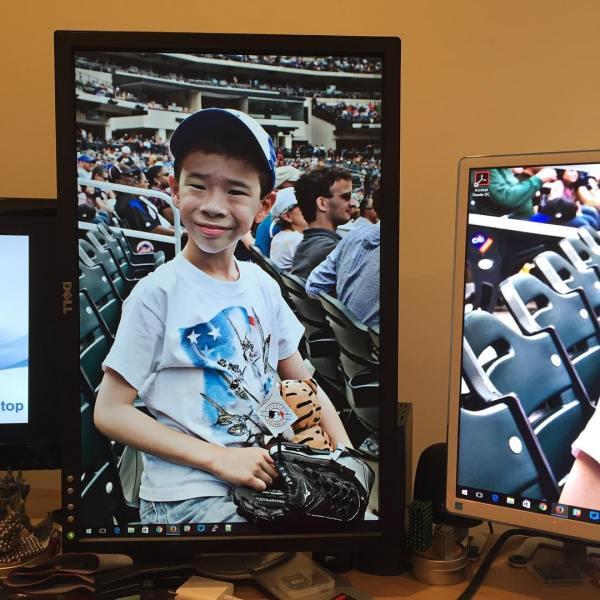 Happy desktop background ?