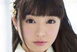 あと一歩でAKBだった美少女・水木遥香がAV界のアイドルを目指してAVデビュー