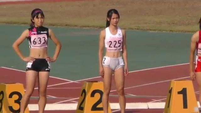 カワイすぎると話題『炎の体育会』出演の日本一速い女子高生の無防備な股間と胸元3