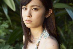 久慈暁子アナ【水着グラビア画像】フジ入社前モデル時代にスレンダーなちっぱいボディを晒していたw