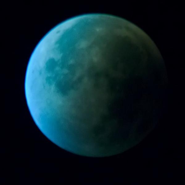 Lune rousse, WB=1500 K.