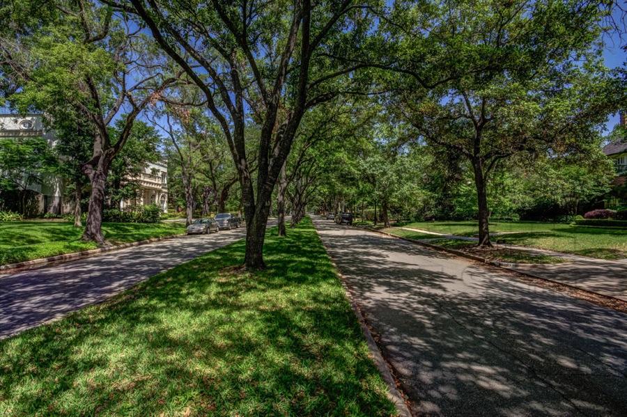 Hunters Creek Houston Real Estate And Neighborhood Guide