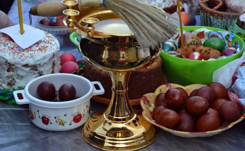 Великая Суббота. Освящение куличей, яиц и пасох