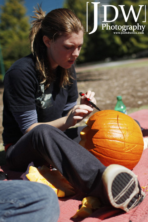 101017_JDW_PumpkinCarving_0002
