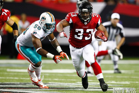 110812_JDW_Falcons-Dolphins_0182