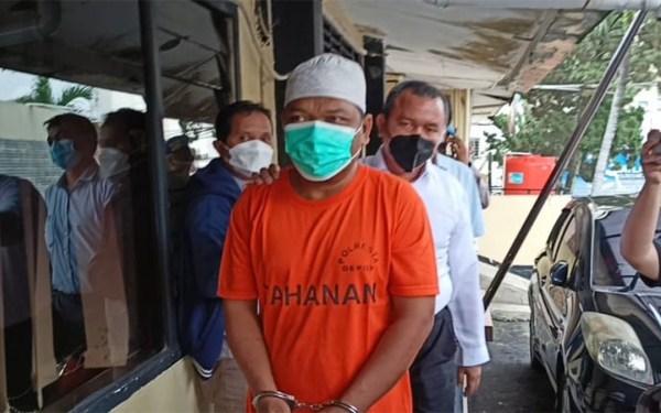 Sontoloyo, Ustaz Adam Beli Babi Ngepet untuk Menambah Pengikut - JPNN.com