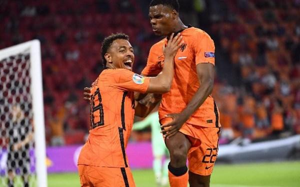 Gol Memphis Depay dan Dumfries Pastikan Belanda Lolos 16 Besar EURO 2020 - JPNN.com
