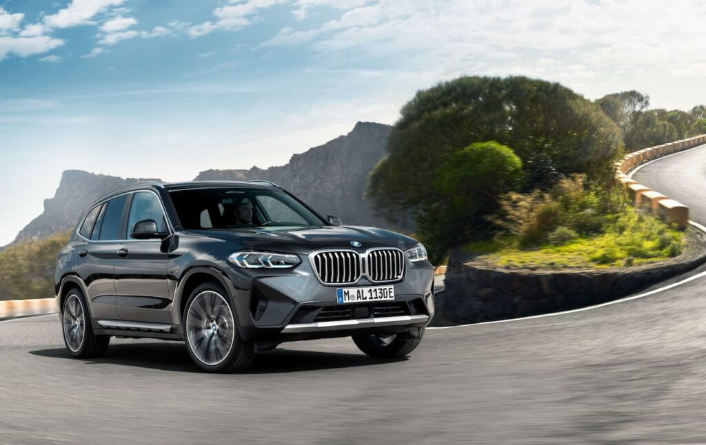 BMW X3 and BMW X4 LCI 2022 version launched 3