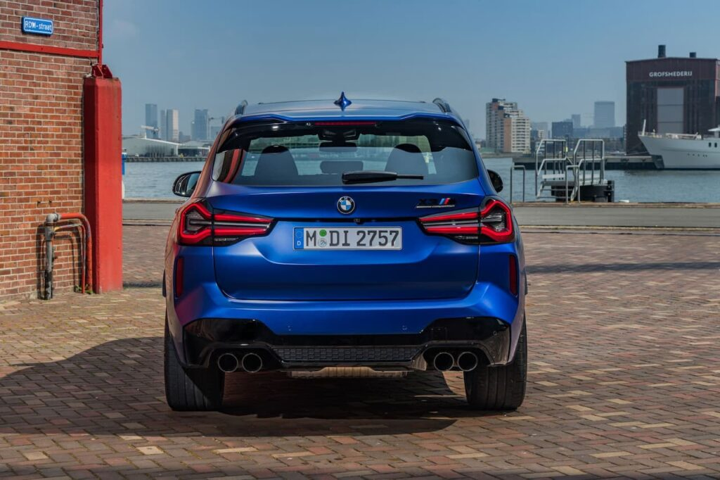BMW X3 and BMW X4 LCI 2022 version launched 24