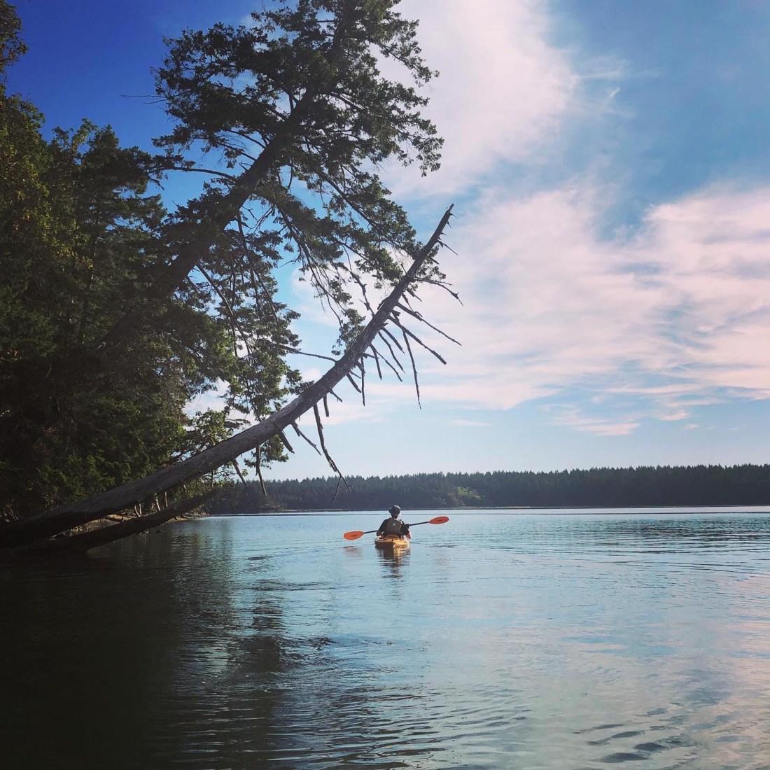 Kayaking Hope Island