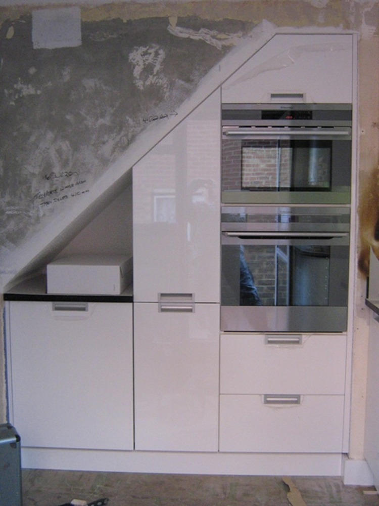 1st4m 100 Feedback Kitchen Fitter In Orpington
