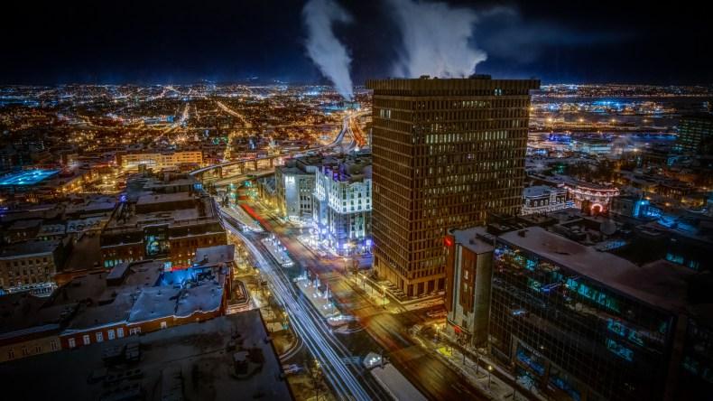 Paysage urbain de nuit d'une portion de la Ville de Québec