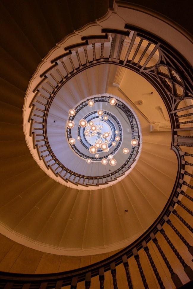 Heals Stair - Nikon D750 ISO1600