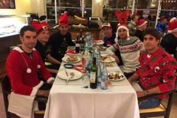 Repas de Noël pour les coureurs du Team Sky - © Team Sky <br /> Toute reproduction, même partielle, sans autorisation, est strictement interdite.