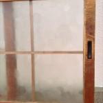 型板ガラス戸10