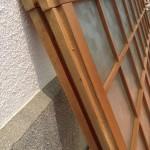 型板ガラス戸12