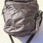 革製ミニショルダーバッグ茶色1