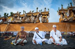 wpid-PhotoA.nl_Bali_ceremony_17.jpg