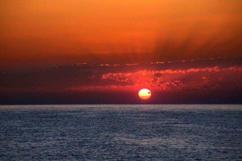 OrionKnox_TurquoiseCoast-sunset-adj