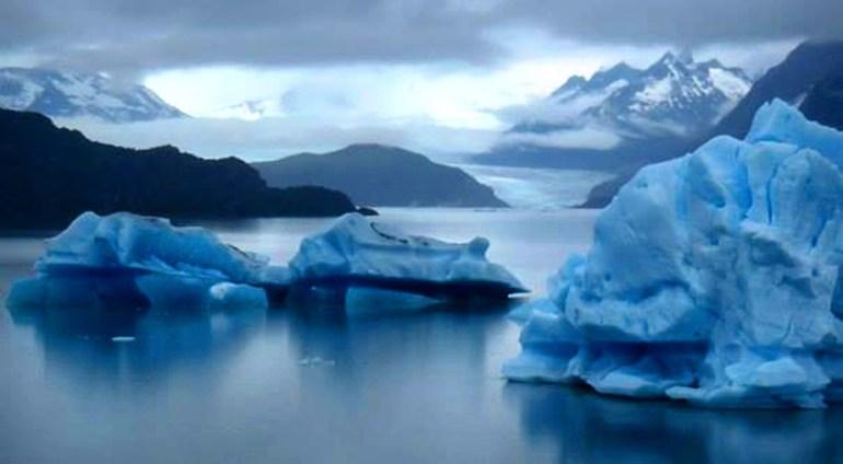 Rob-Noonan-Patagonia-Lago-Grey