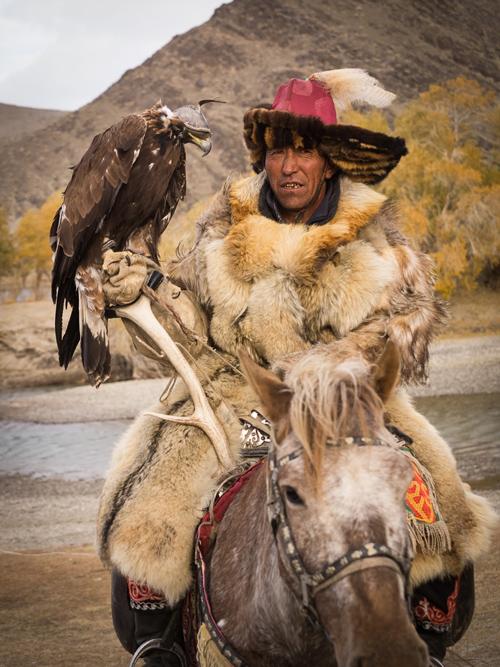 Wild-Mongolia-Golden-Eagle-Festival-Jacques-Lagarde-paxok-P9020005-small