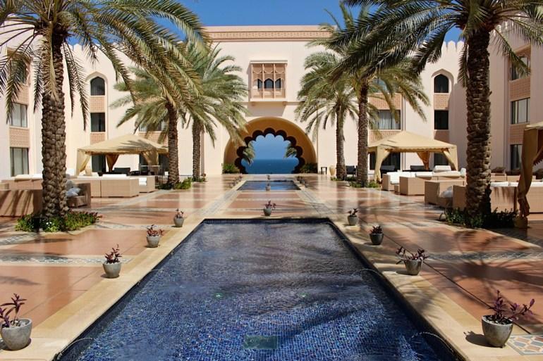 Desert-Kingdoms-Oman-Annie-HawkinsHotel-Shangri-la-in-Muscat-IMG_4895-small