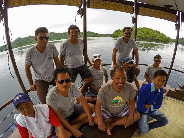 boat crew raja ampat