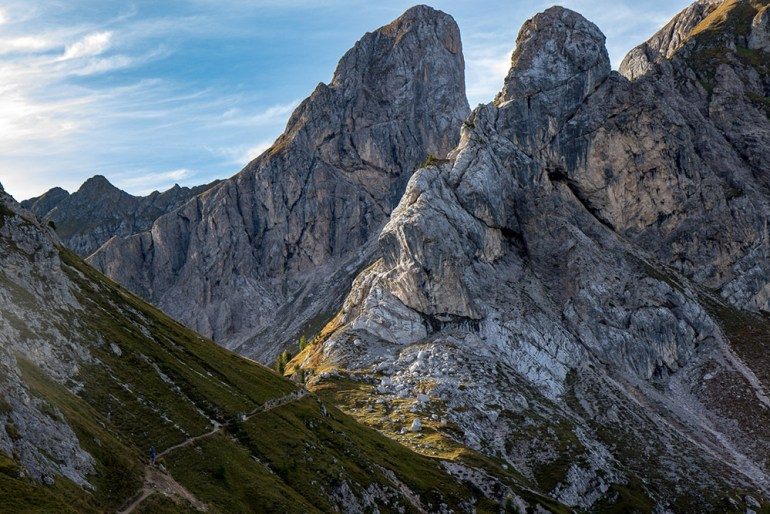 ridge trail in the Cortina Dolomites
