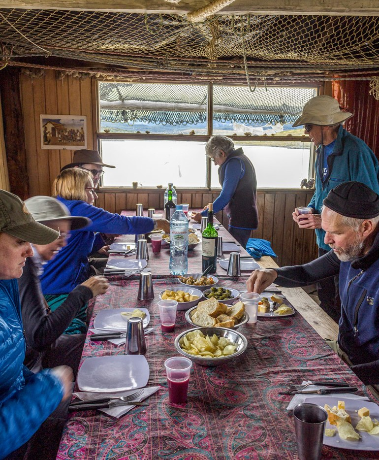 hikers eating lunch in tierra del fuego patagonia