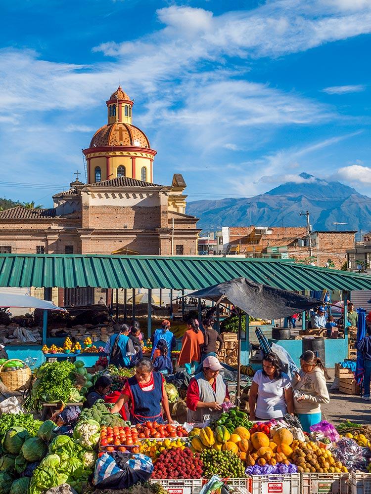 otavalo ecuador food market