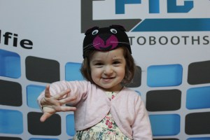 cabina foto pentru copii mini epics singura cabina foto din Romania epics photobooth