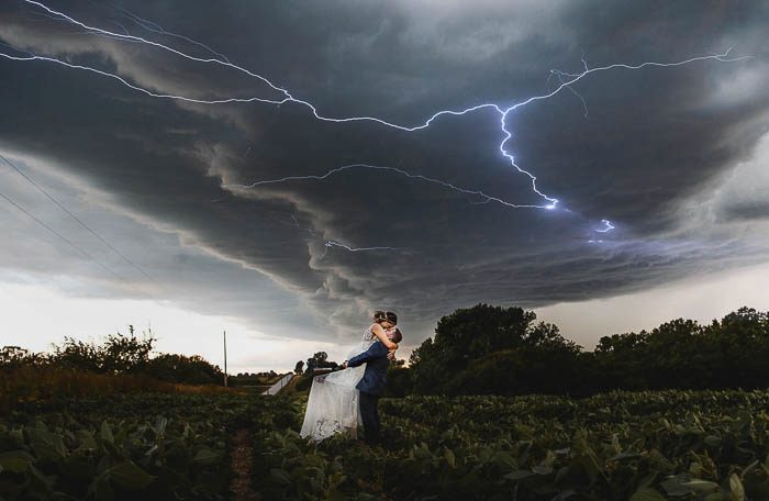 stormy wedding photo botb honorable mention