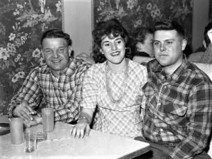 County Line Restaurant Happy Hour Clermont 1962 (1)