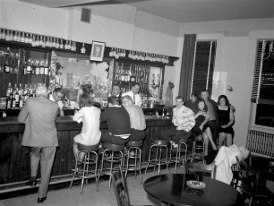 General Worth Bar Hudson 1965