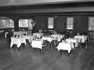 Holliday Inn Upper Red Hook 1953 (5)