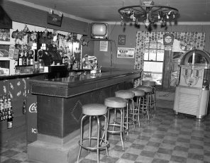 Lights Inn Route 9 Clermont 1955 (2)