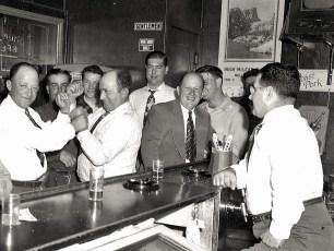 Log Cabin Bar 1949 (2)