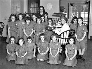 Girl Scouts at Rhinebeck Hospital 1950 (2)